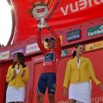Etapové vítězství a dres vedoucího závodníka na Vueltě pro Pabla Lastrase