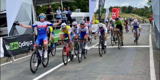 Junioři Favoritu Brno zazářili na závodě Českého poháru v Kyjově, když kompletně obsadili stupně vítězů!